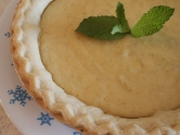 http://orangejammies.com/2013/07/11/happy-hausfrau-series-key-lime-tart/